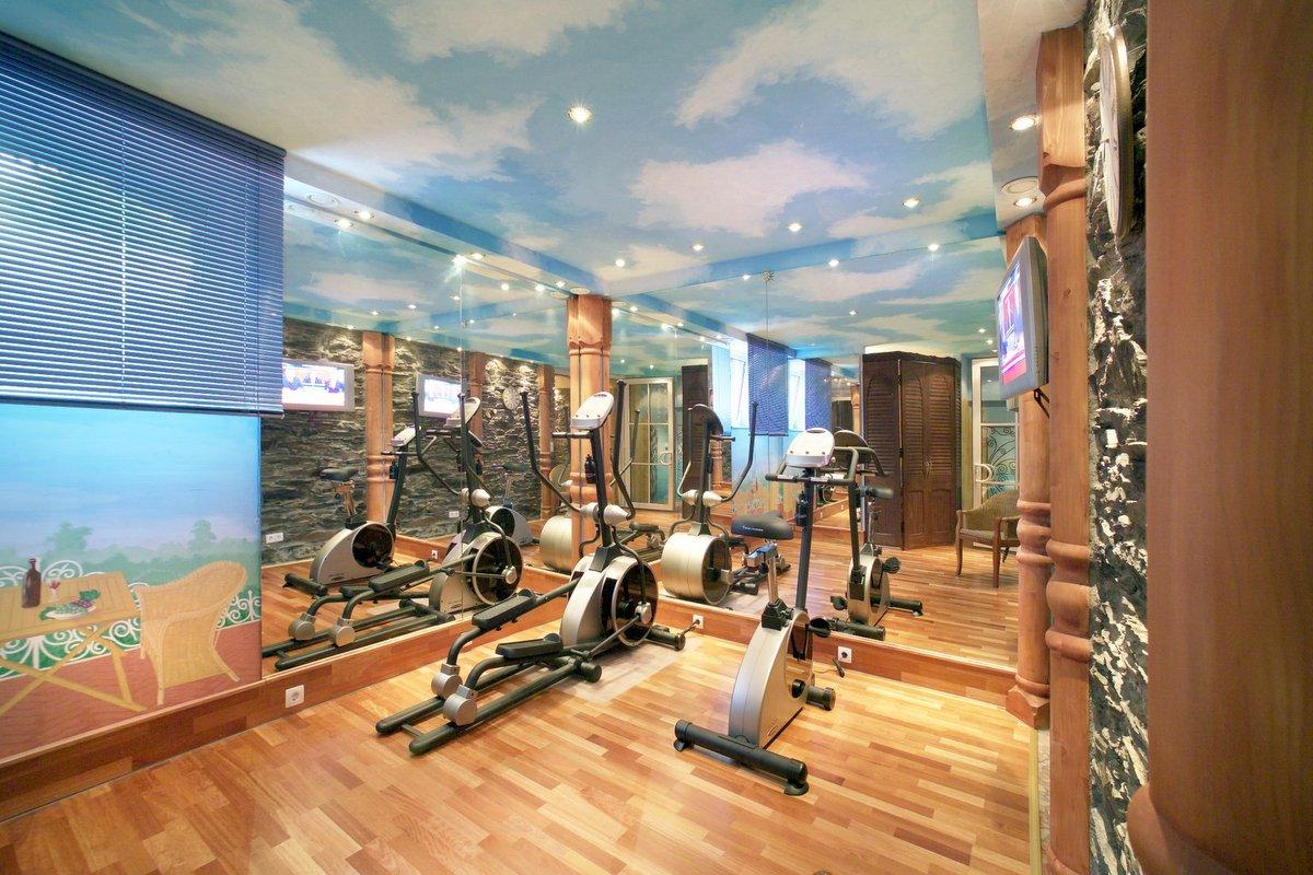 Fitnessraum gestalten  Wellnesshotel am Mittelrhein — Park Hotel Bad Salzig
